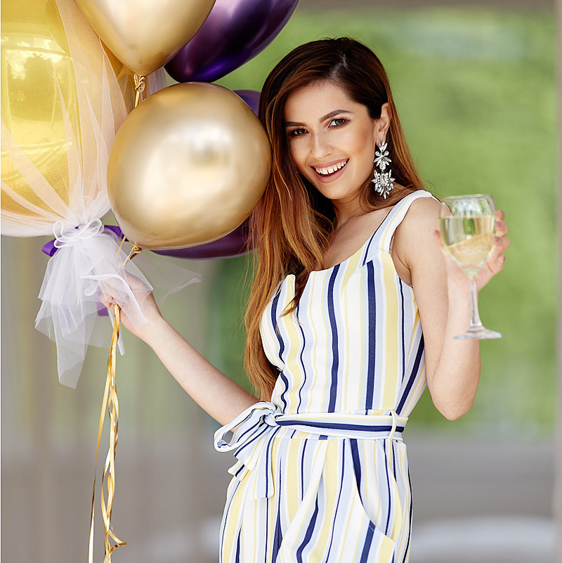 balloon fun commercial lifestyle model advertising modelling professional photographer photography product